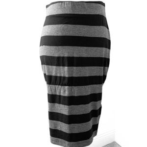 Banana Republic Knit Pencil Skirt.